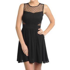 Dresses & Skirts - BLACK CINCHED WAIST SHORT DRESS